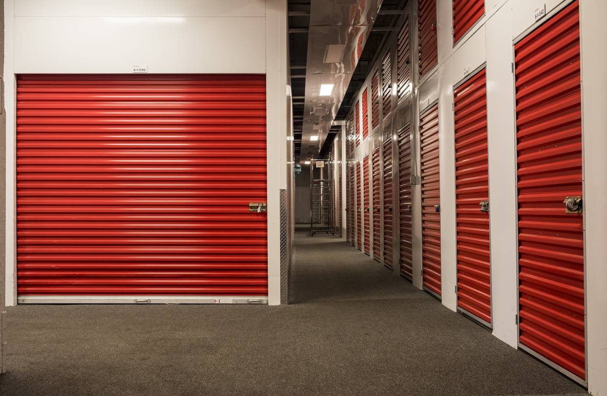 Top 4 Amenities You Can Find In A Self Storage Unit
