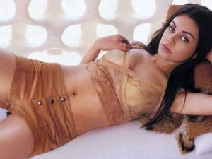 Mila Kunis big booty pictures